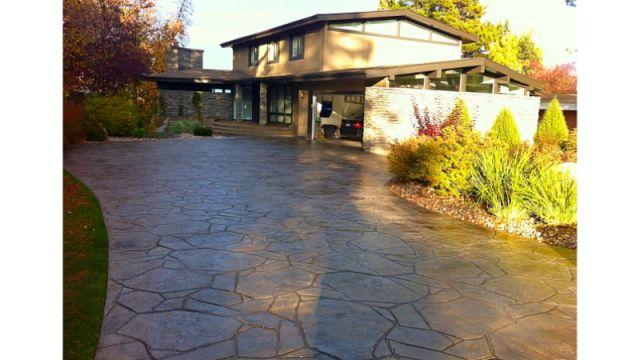 Driveway Concrete Flooring